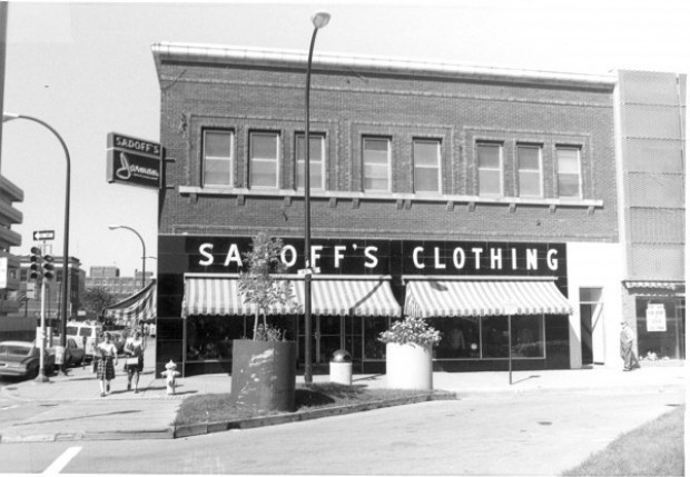 Zerschling sadoff 39 s leaves behind a century of memories for Craft stores in sioux city iowa