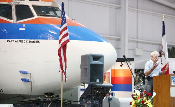 Photos: Flight 232 25th Anniversary Reflection Ceremony ...