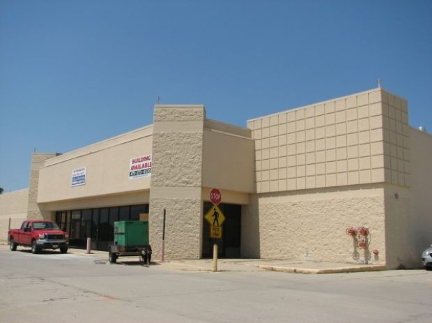 Bomgaars to expand sioux city store at nearby site for Bomgaars