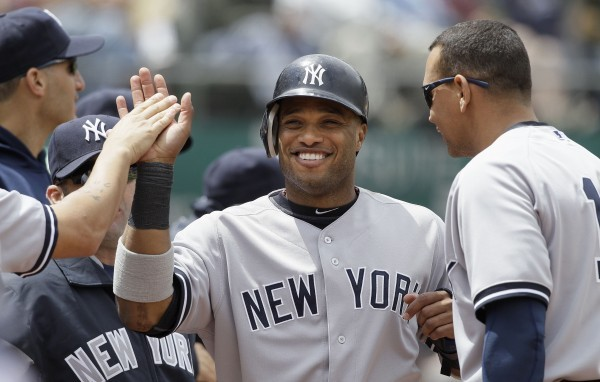 Teixeira 39 s two homers power yankees professional for Alex rodriguez mercedes benz