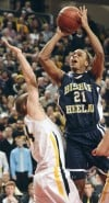 Bishop Heelan vs Waverly-Shell Rock state basketball