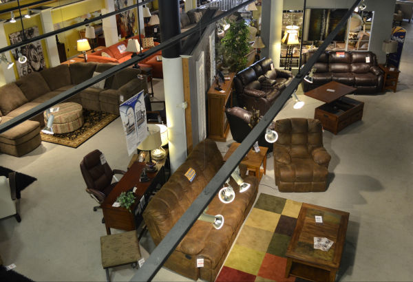 After second try Hatch Furniture to close Sioux City