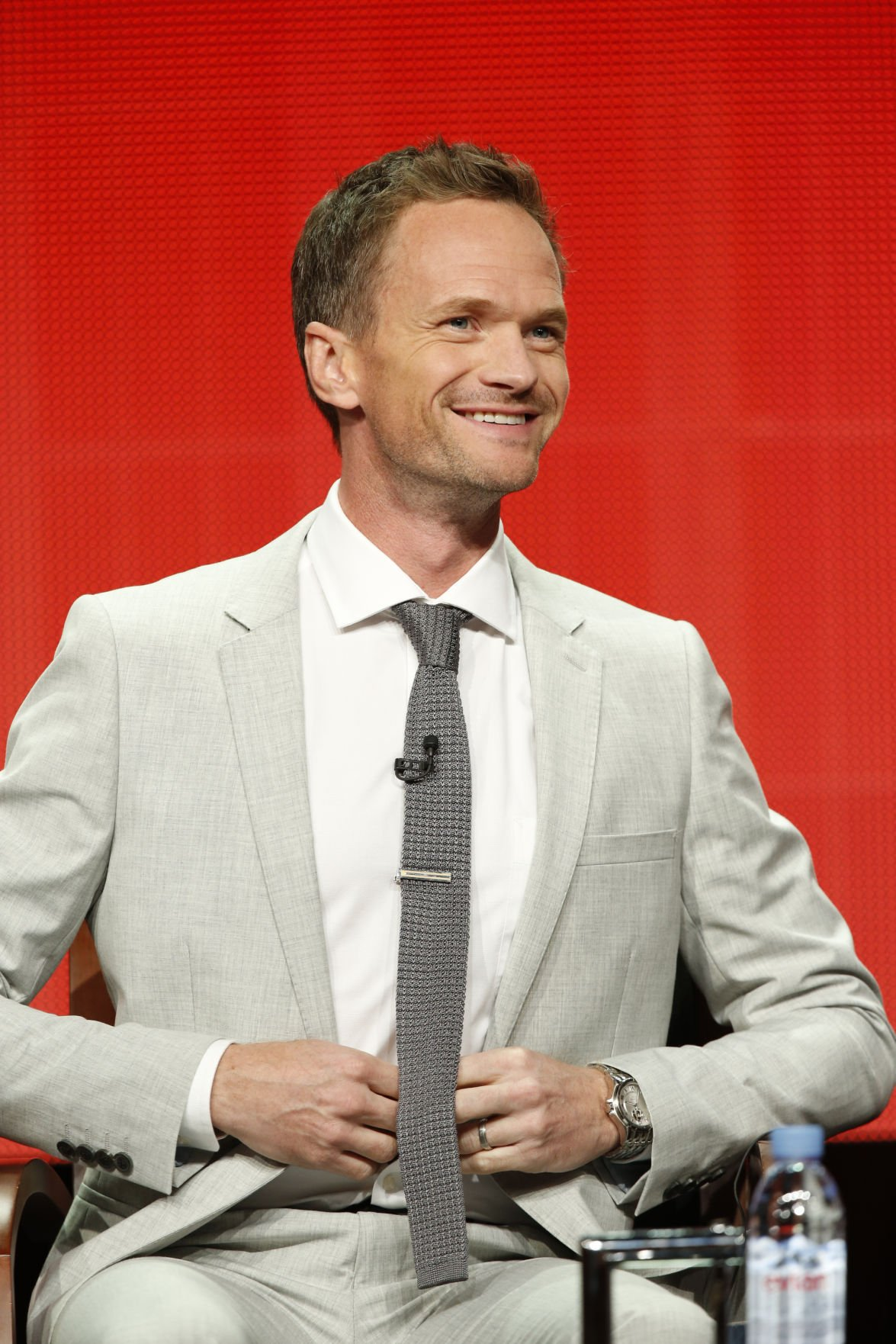 Neil patrick harris both stars in and produces quot best time ever quot on nbc