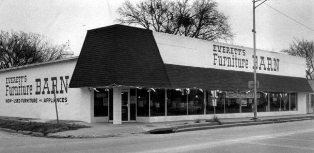 Everett 39 S Furniture Barn Siouxland History