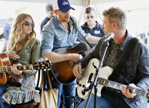 Photos: The Henningsens in Sioux City