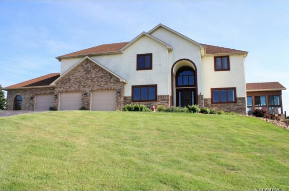 3 Most Expensive Homes For Sale In The Sioux City Area Home And Garden