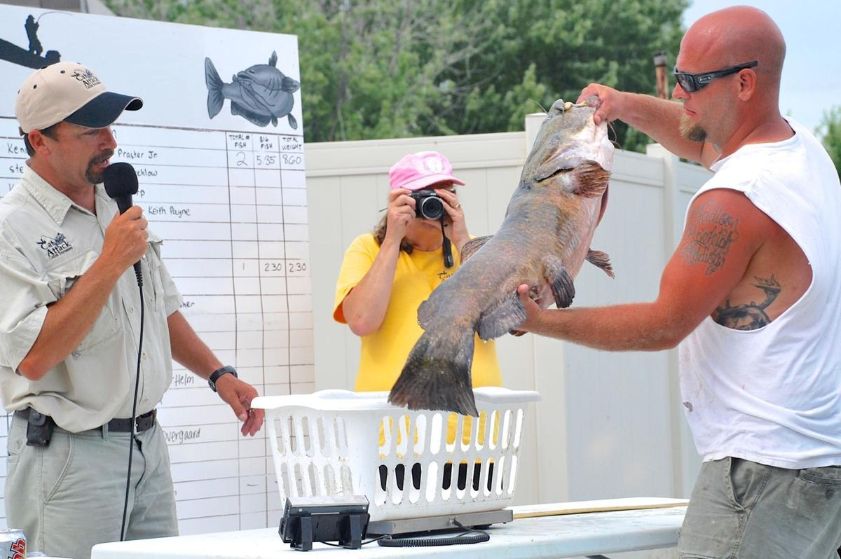 Myhre local anglers top cat attack field outdoors for Tournament fish weighing scales