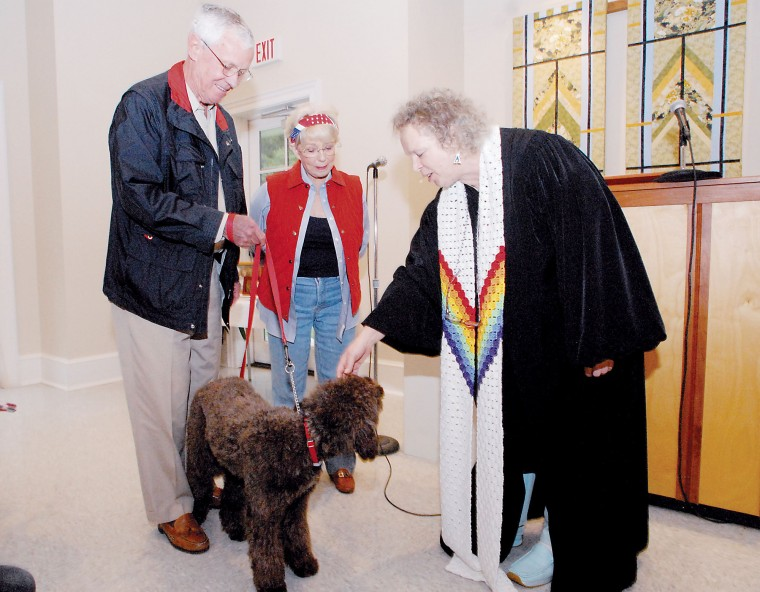 Unitarians Bless Their Pets