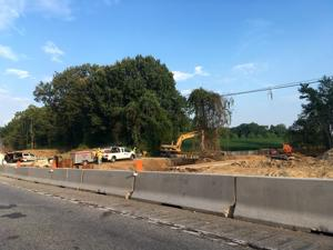 Pipe installation causes lane closures on 404