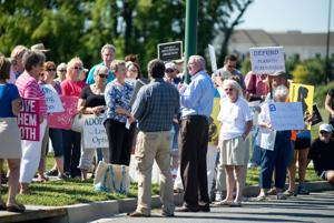 Local advocates protest Planned Parenthood