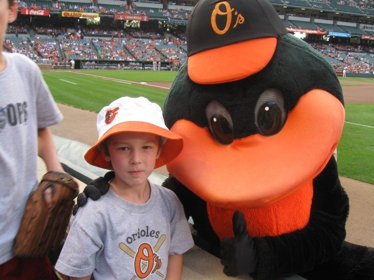 Sundt attends first Os game