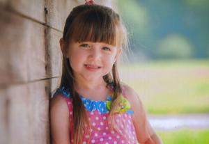 Madelyn Hall crowned 2014 Little Miss Outdoors