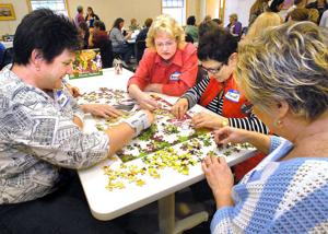 Puzzle solvers flock to Jigsaw Jamboree