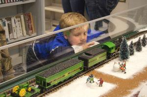 Model railroad exhibit returns to Caroline library