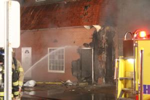 Downtown Cambridge apartments destroyed in fire