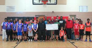 Elks Lodge 1622 donates to youth basketball league
