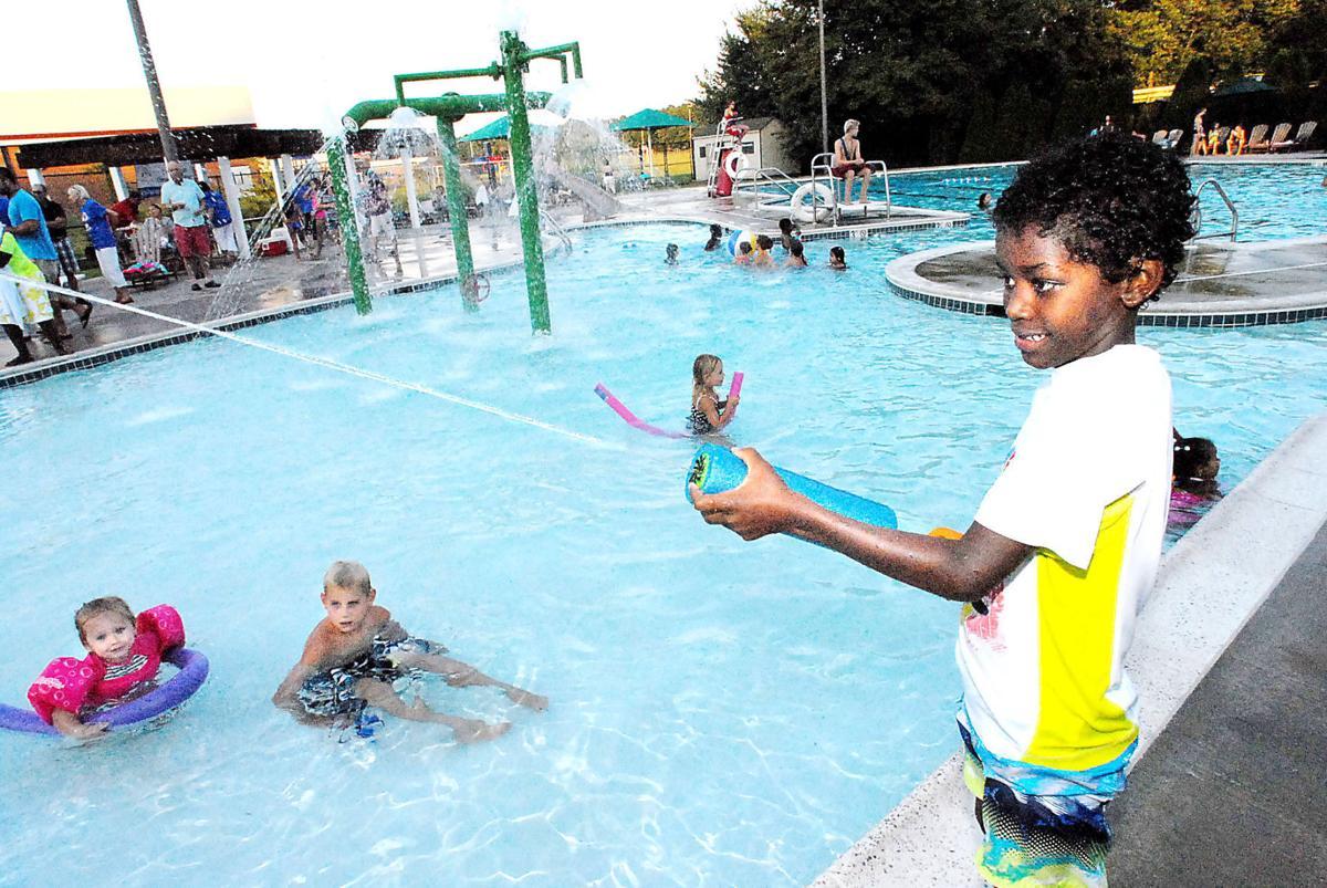 Swimming Pool Sink : Sink or swim graduates local stardem