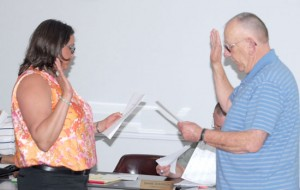 Wooters sworn in as Preston commissioner