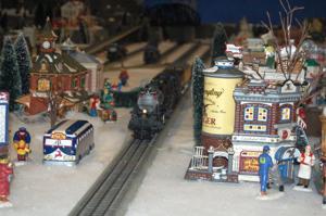 EVFD opens Christmas season with train, lights display
