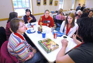 Puzzle solvers flock to Jigsaw Jamboree