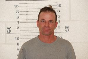 Convicted horse abuser arrested for possessing horses