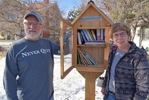 Book fan opens 24-hour library in her front yard