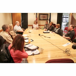 Group brainstorms ways to attract visitors to area