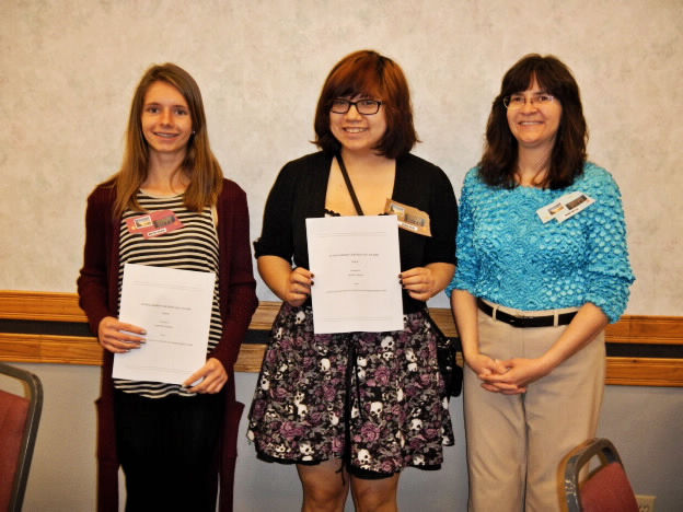 homemakers club awards scholarships to local students