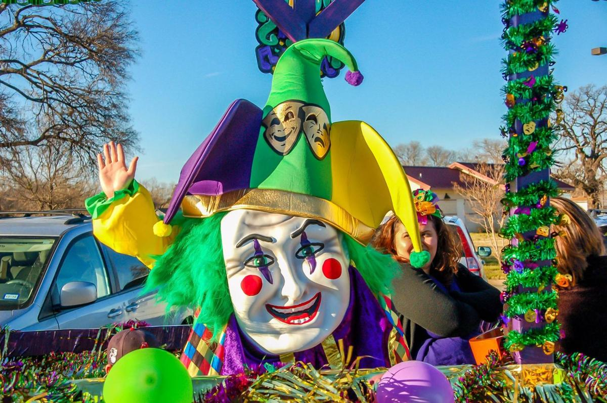 Lake Dallas gets ready for Mardi Gras 2017