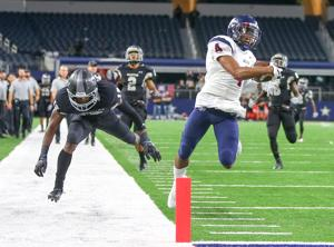 <p>Allen senior Jaylon Jones' second-quarter kickoff return touchdown highlighted a 9-0 run in 12 seconds for the Eagles, who topped Arlington Martin on Friday, 36-11.</p>
