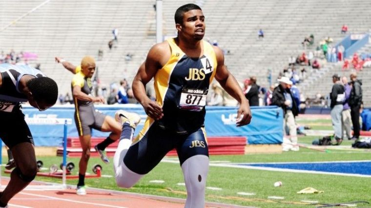 Ezekiel Elliott of John Burroughs makes the 2013 St. Louis American ...