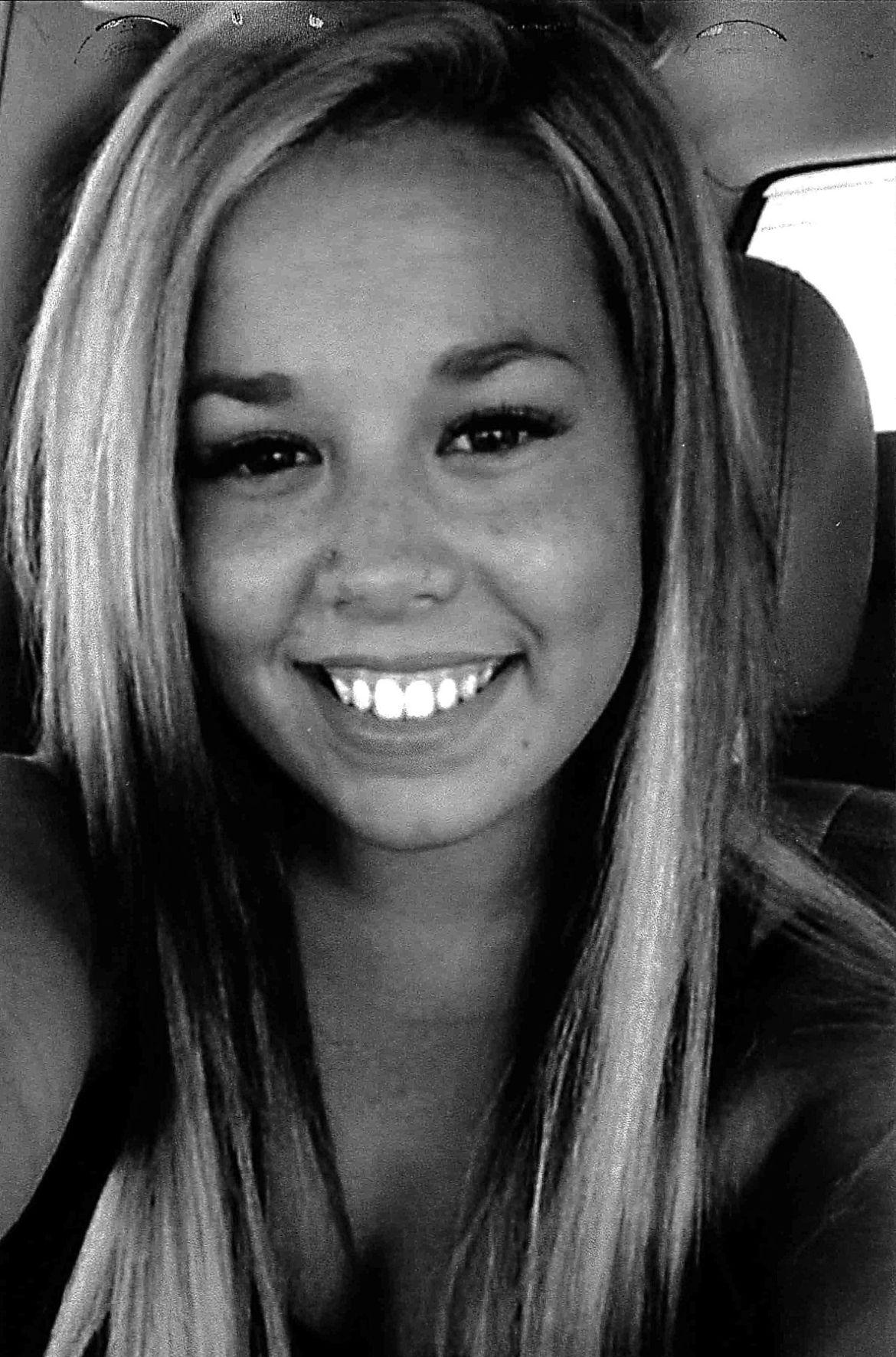 Danielle Harris obituary