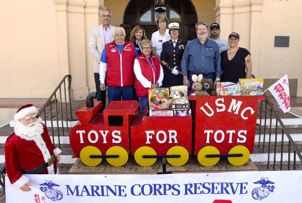 Toys For Tots Campaign : Organizers kick off toys for tots campaign in lompoc local