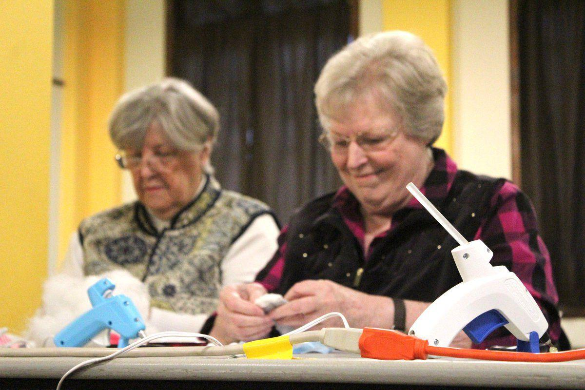 Library fills in the gap for spring breakers local news for Crafts classes for adults