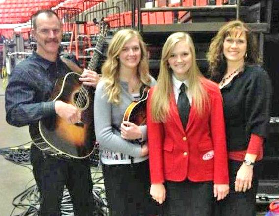 Horn Family The Horn Family Bluegrass Band