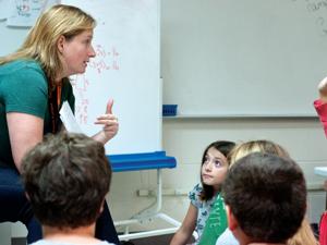 Tomek-Eastern fifth-grade teacher Jennifer Snyder