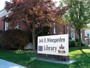 An architectural study reveals several issues with the aging library building.