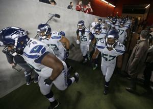 Photos: Seahawks 19, 49ers 3