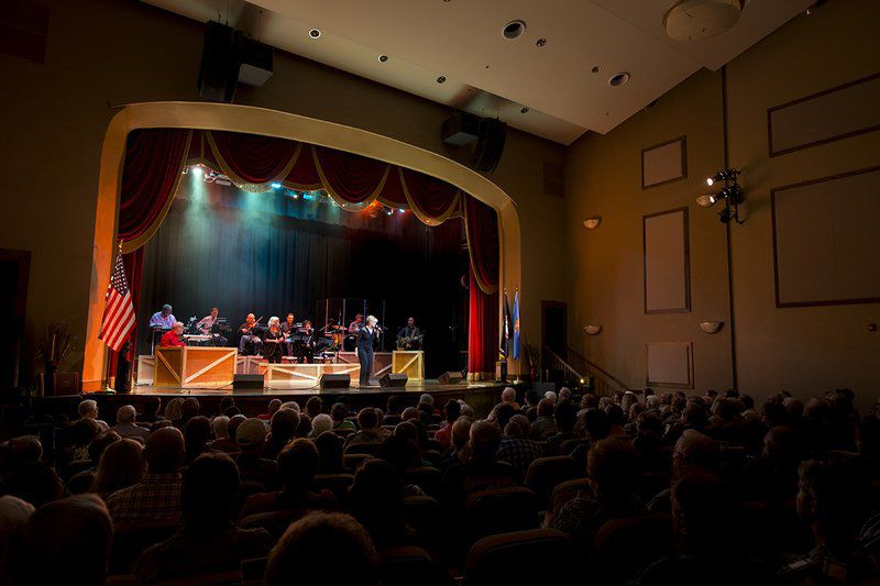 Local artists to perform tonight at McSwain Theatre