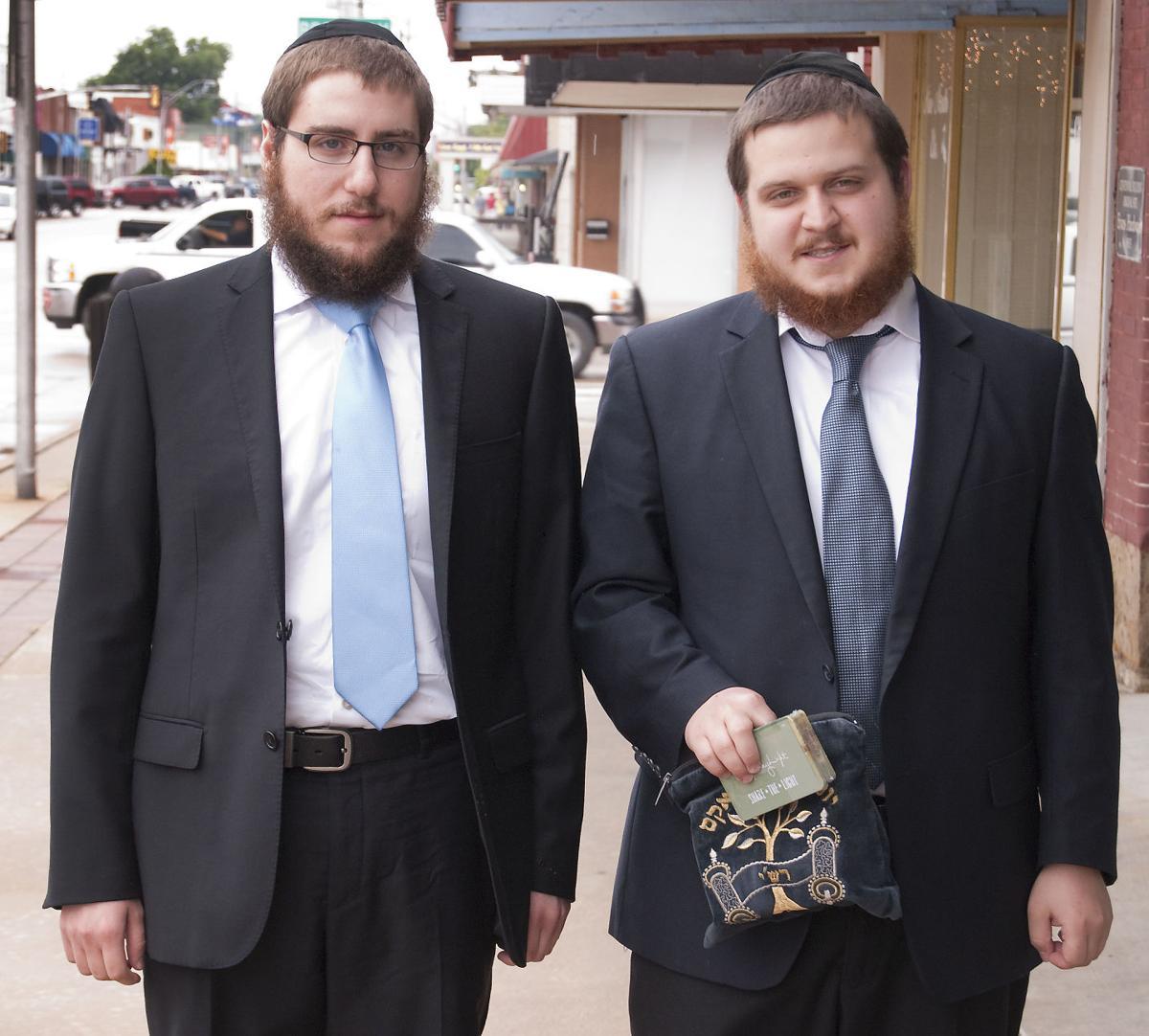 Roving Rabbis 07-30-14c.jpg