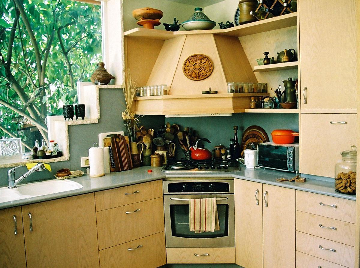 Отделка кухни в частном доме: подходящий дизайн и материалы 13