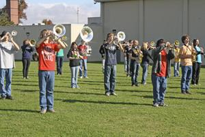 SHHS band at practice