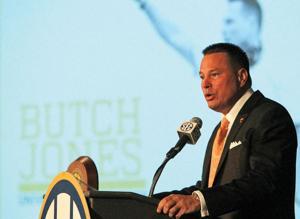 Tennessee coach Butch Jones speaks