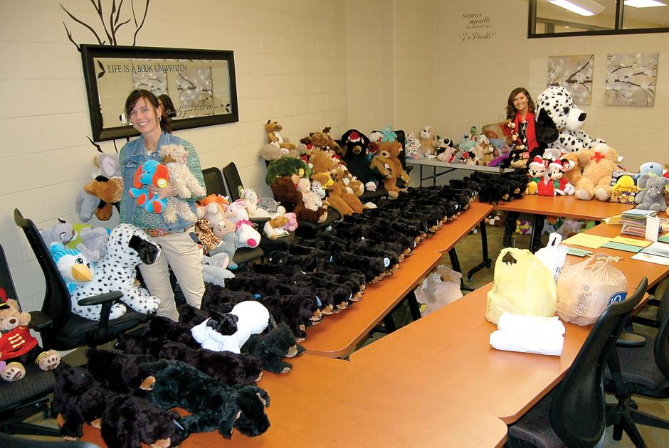 Coulter Grove Sends 650 Stuffed Animals To Sevier County Schools The Daily Times News