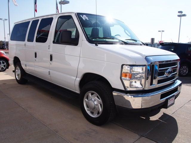 2014 oxford white ford e 350 super duty vans. Black Bedroom Furniture Sets. Home Design Ideas
