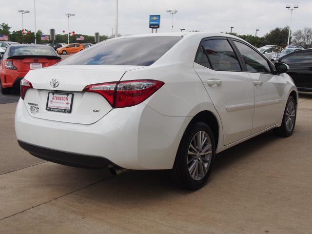 2015 White Corolla S Autos Post
