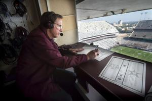 Hosts put heart and hard work into Texas A&M radio show