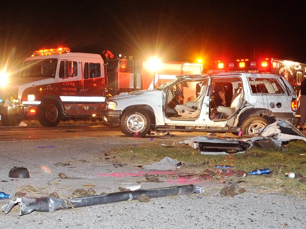 Clute accident1