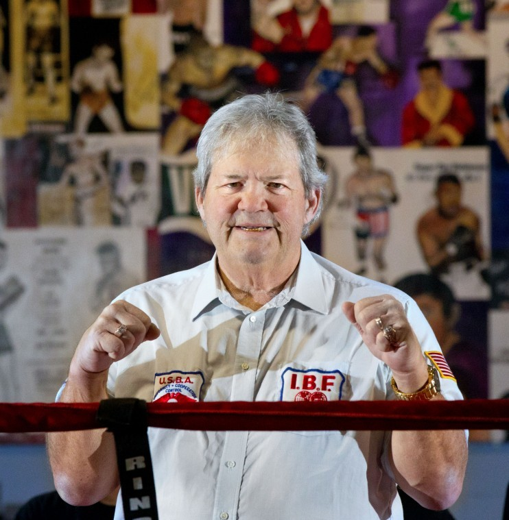 Stander Back To His Boxing Roots The Grand Island