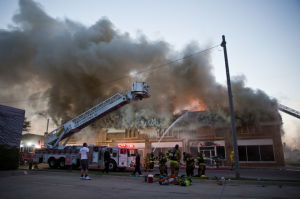 Download this Fire Razes Downtown Block picture